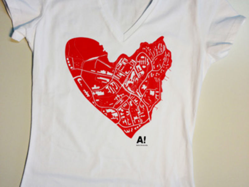 Aalto University / Heart t-shirt women