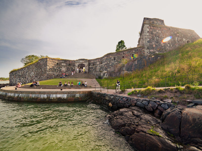 Old fortress by the water in Suomenlinna.