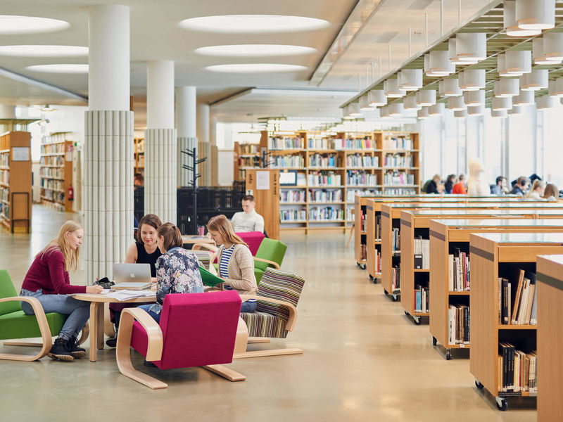 Students studying at the Harald Herlin Learning Centre
