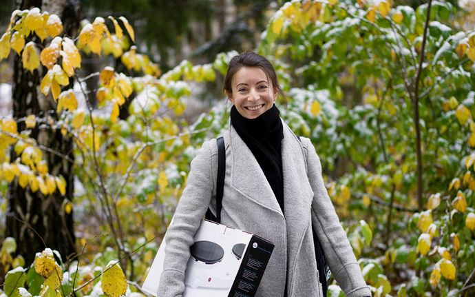 Aalto University, Otaniemi stories: Anna Kholina, doctoral student in Design / photographer: Sinikoski