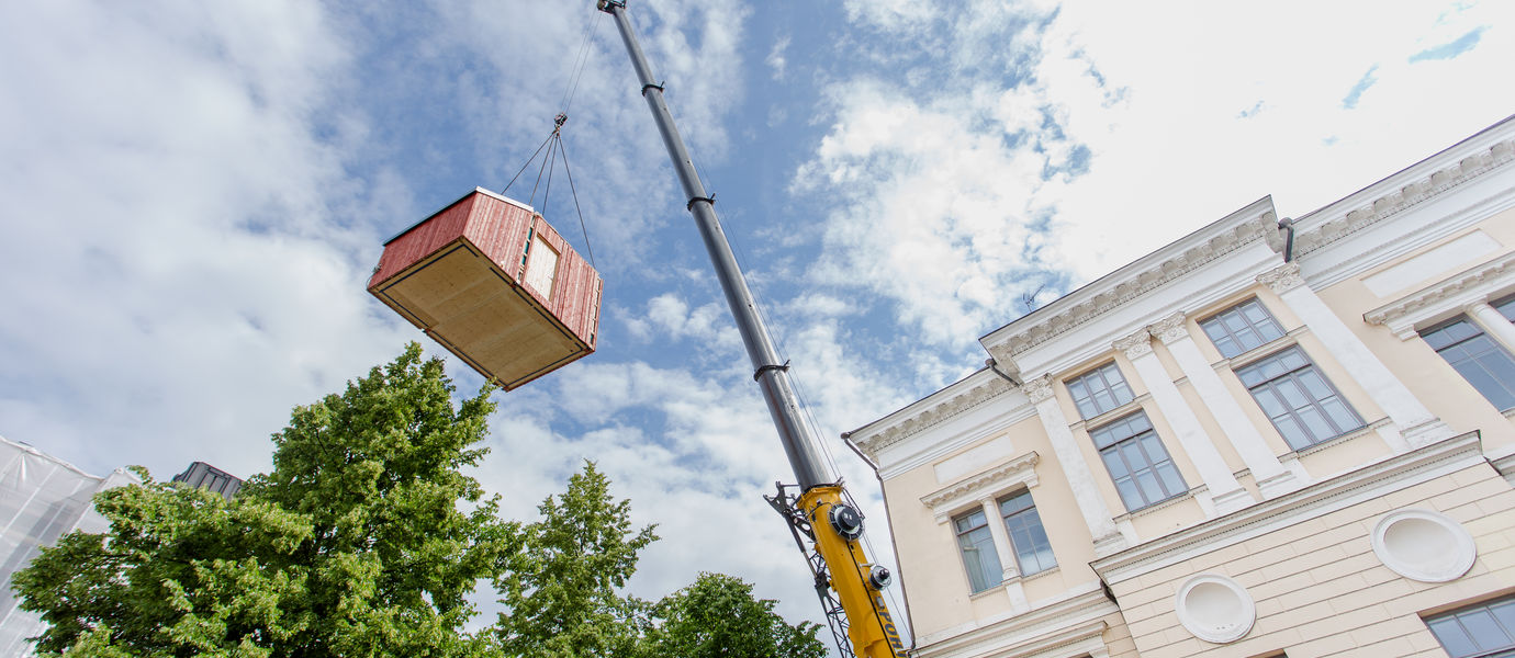 Kokoon house lifted to its new location. Photo: Juho Haavisto