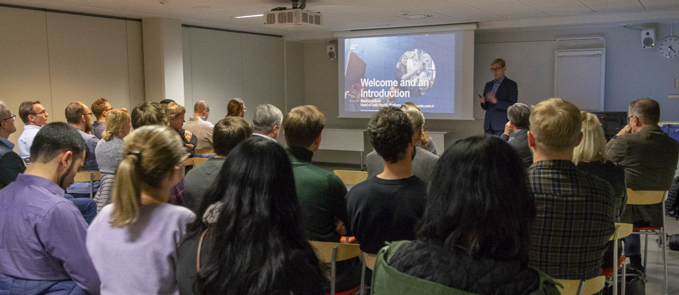 Markus Mäkelä, Executive in Residence, presented Aalto's Health Technology House and outlined the university's expertise areas in the health and wellbeing domain.