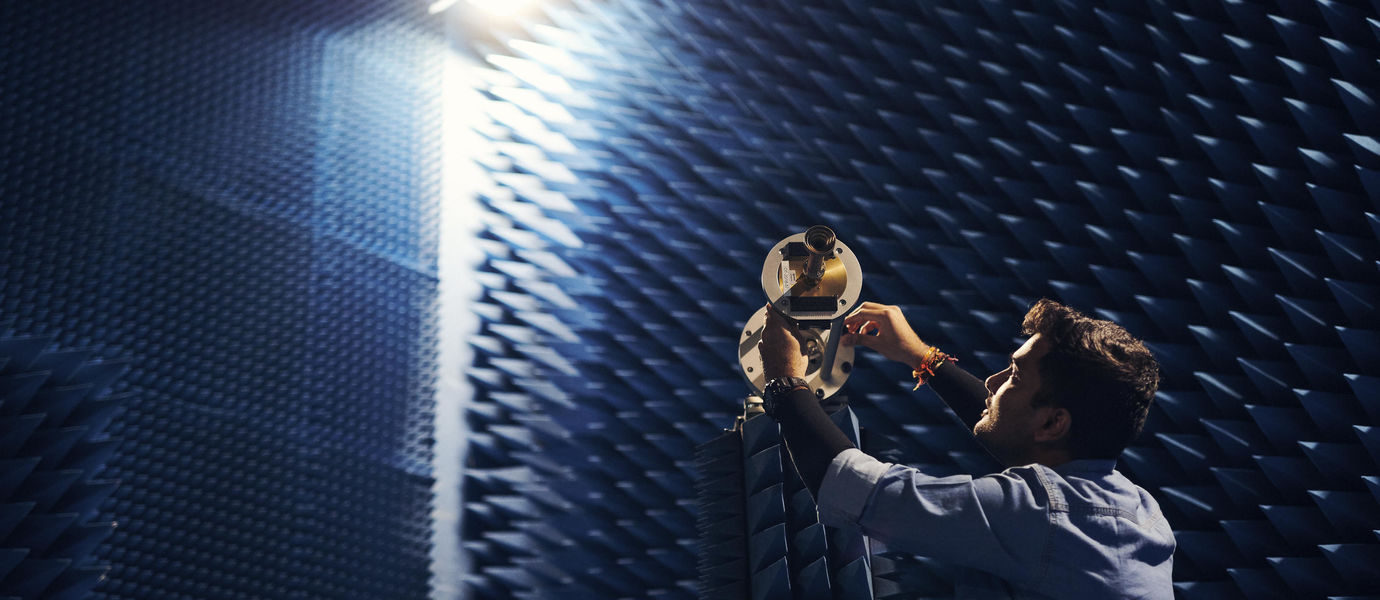 Aalto electronics-ICT anechoic chamber for 2-60 GHz and two near-field scanners
