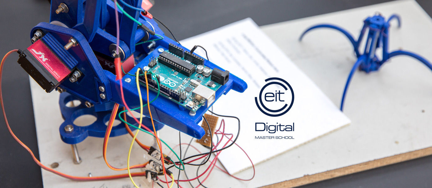 Robot, cables and EIT logo