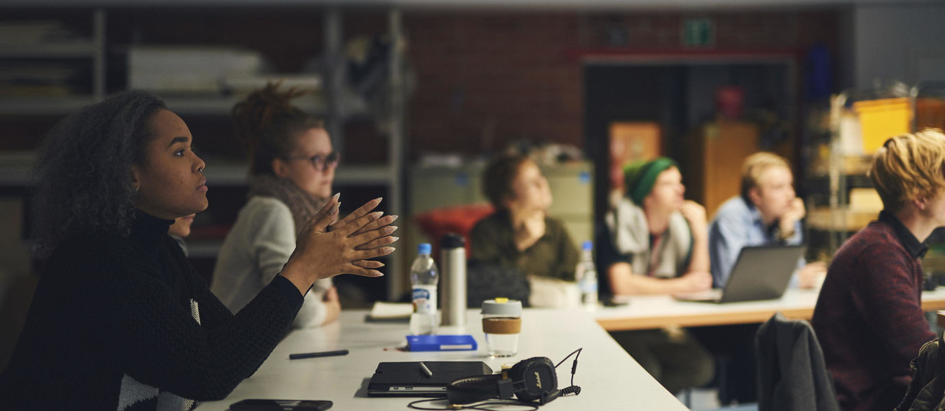 Students in a lecture. Photo: Unto Rautio / Aalto University.