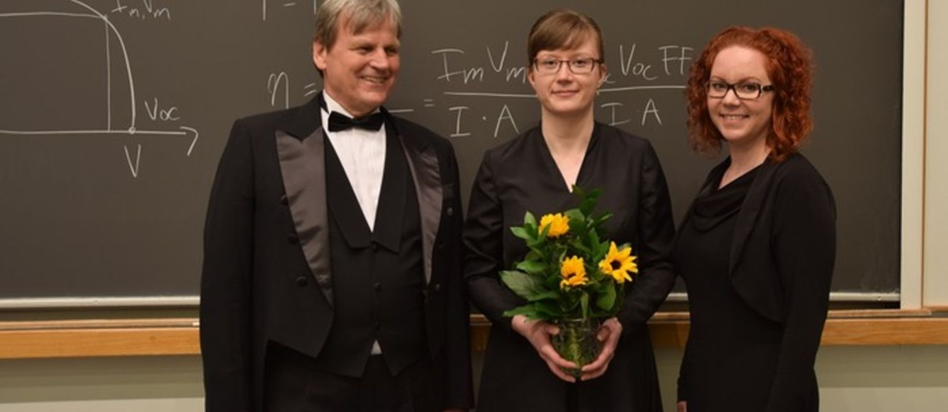 Opponent Eicke Weber, PhD candidate Jeanette Lindroos and Custos Hele Savin right after the successful defence.