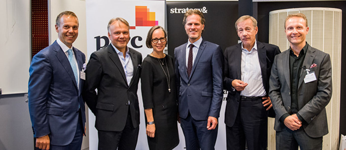 Janne Rajalahti (on the left), Territory Senior Partner, Pwc; Petri Kokko, Director, Google Germany GmbH; Laura Raitio, CEO, Diacor Health Care Services; Stefan Hyttfors; Sixten Korkman, Professor of Practice Aalto University School of Business; Antti Oksanen, Head of Business News YLE  Photo: Ilkka Vuorinen