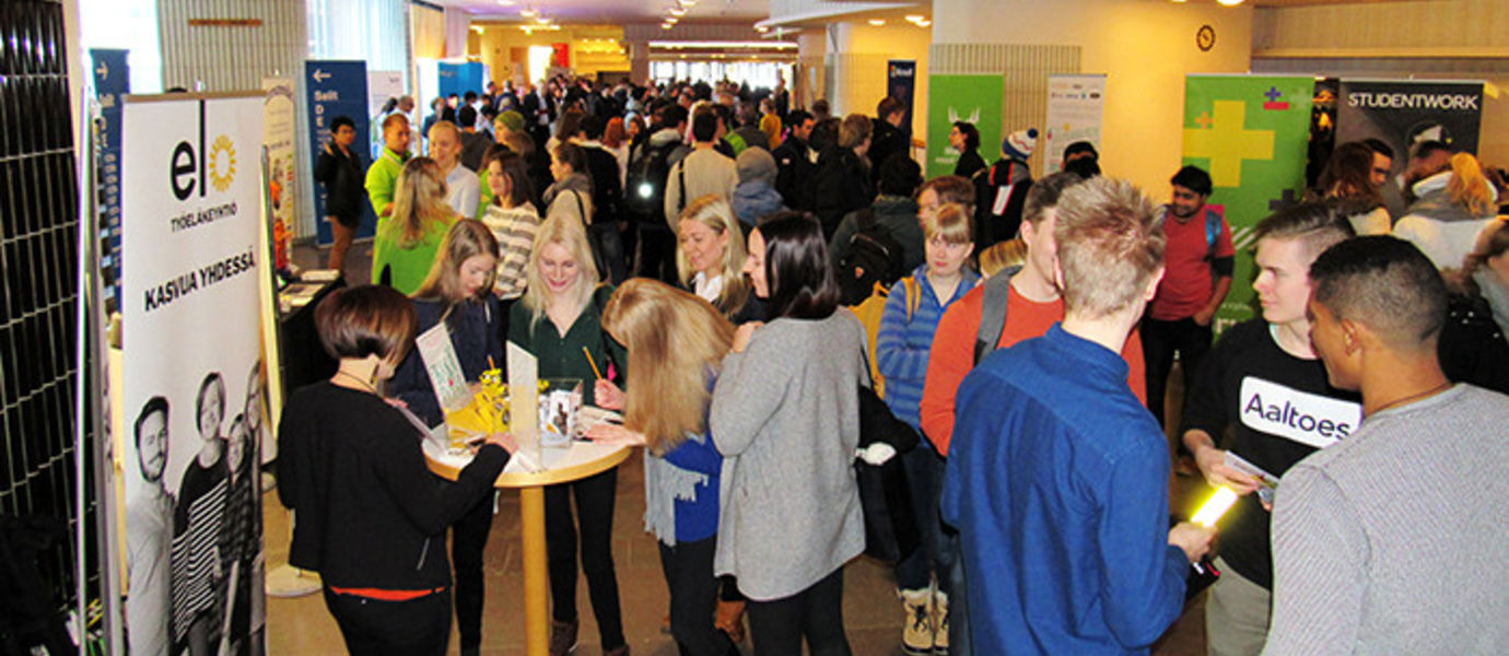 Over 20 employers took part in the Summer Job Day! 2016 event at Otaniemi on 20 January 2016.
