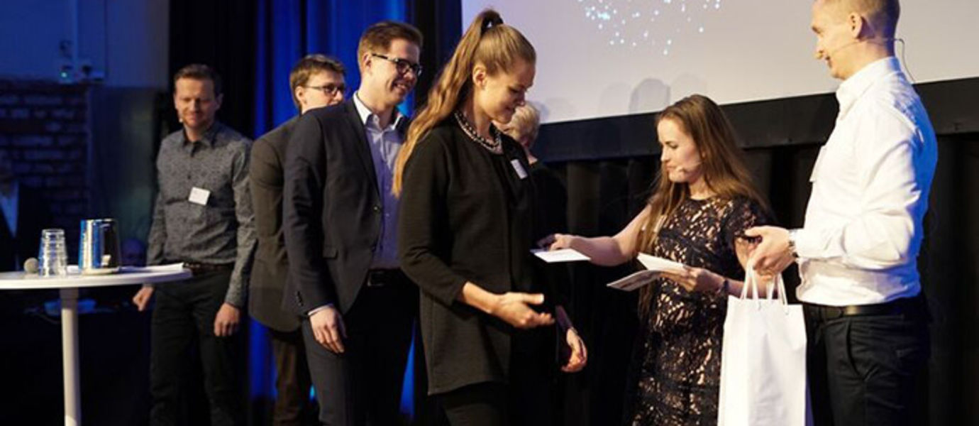 The best teams presented their solutions at the event 'Finland100 – Digital Superpower', held at Kellohalli near by Kalasatama and Sörnäinen on 9 February 2017. The Audience Favorite Award went to Team Robocop of the Ministry of the Interior, and the Jury's Choice Award went to Team Ilona (in the picture). Photo: Miika Turunen