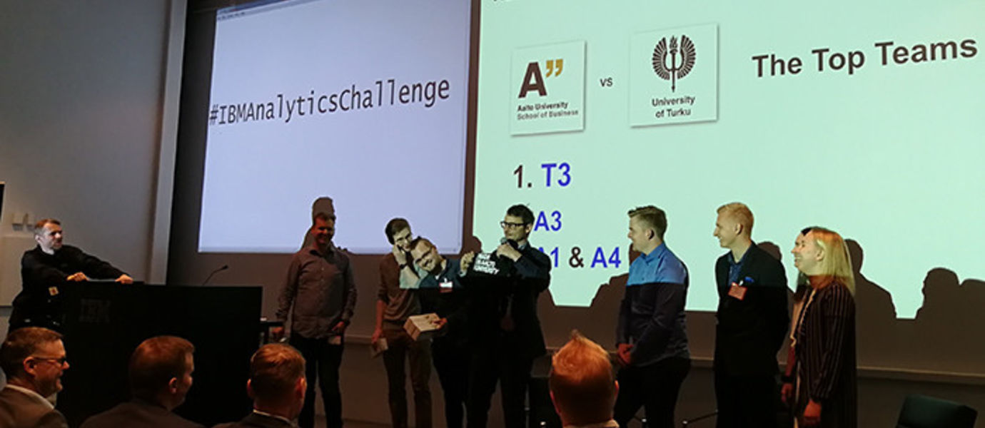 The two top teams, Team Aalto on the left and a team representing Turku School of Economics on the right. Jukka Ruponen from IBM on the extreme left and post doc researcher Jani Merikivi in the middle. This time TSE won the extremely tough and well-matched competition. Congrats to Turku!