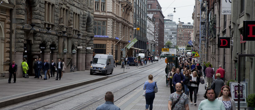 A street scene on Aleksanterinkatu in Helsinki