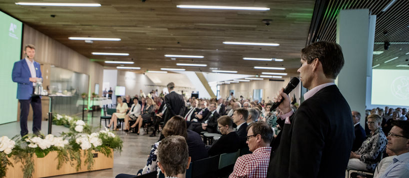 Jaakko Honko lecture 6.6.2019, a question from the audience to the keynote speaker Risto Siilasmaa