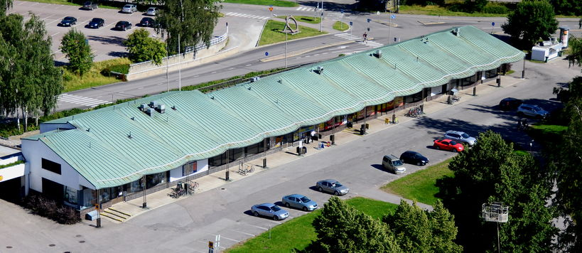 Otaniemi's old shopping centre from air