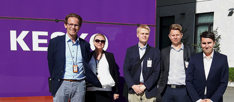 Ari Svensk and Hayde Furubacka from K Group (on the left), students Jaakko Otto Swan and Esa Immonen and on the right Academic Advisor Mikko Hänninen.