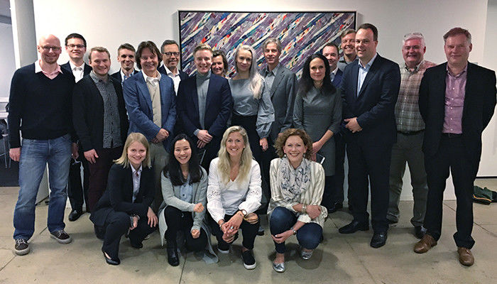 Aalto alumni made new connections at the Finnair office in New York City.