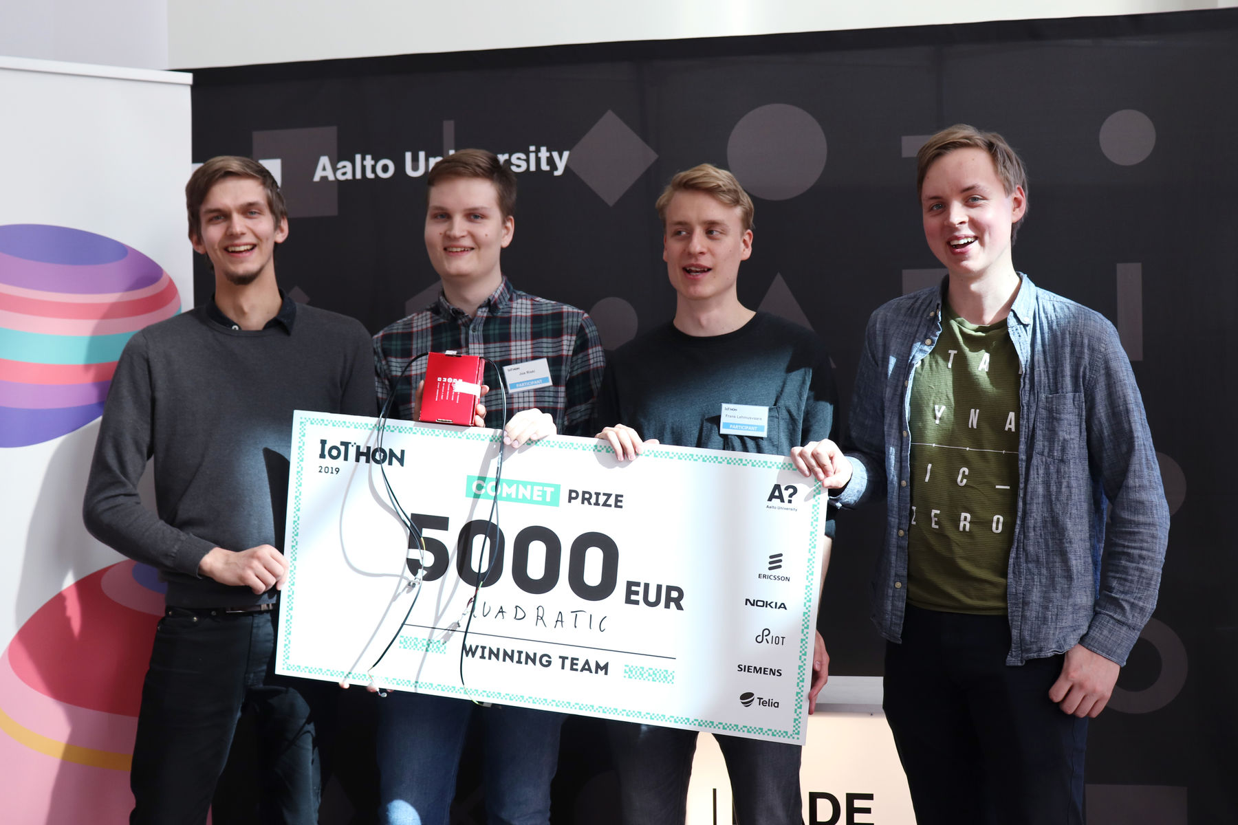 Aalto University / winner team of the Comnet prize / photo: Linda Koskinen