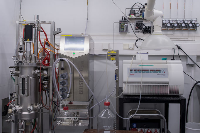The 10L bioreactor is used for anaerobe cultivation and the continues centrifuge is for collecting biomass anaerobically. Photoed by Glen Forde.