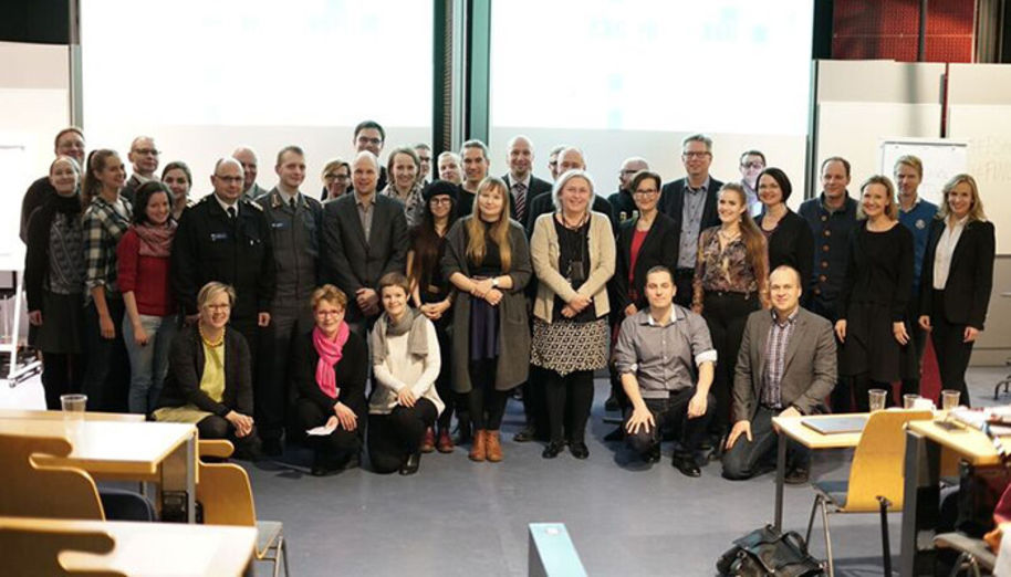 Aalto University collaborates not only with companies but also with the public sector. The best teams were chosen in December based on their final presentations. In the picture both students and the organisations' representatives as well as coaches from both Aalto University and Accenture. Photo: Miika Turunen
