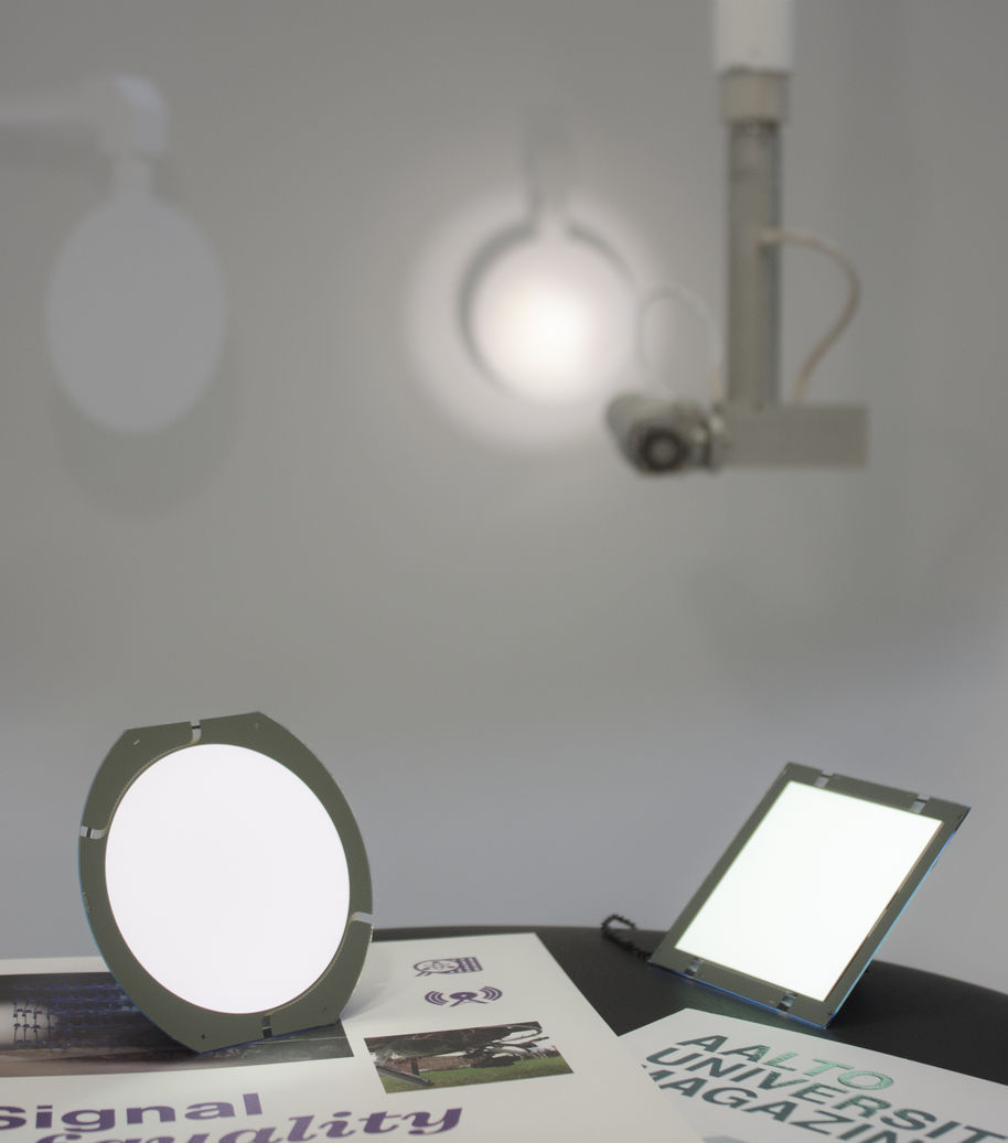 OLEDs and integrating sphere scanner
