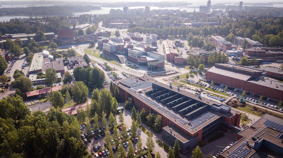 Otaniemi campus above / photo: Aalto University, Matti Ahlgren